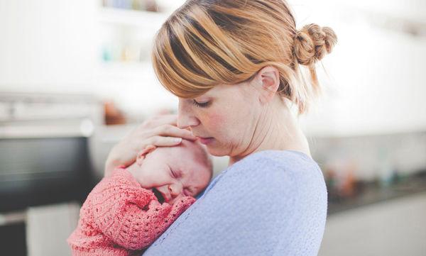 Είναι φυσιολογικό που το μωρό μου κλαίει συνέχεια;