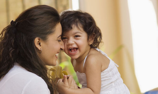 Δεν φαντάζεστε τι έθιμα υπάρχουν ανά τον κόσμο για τη γέννηση και τη βάπτιση ενός παιδιού!