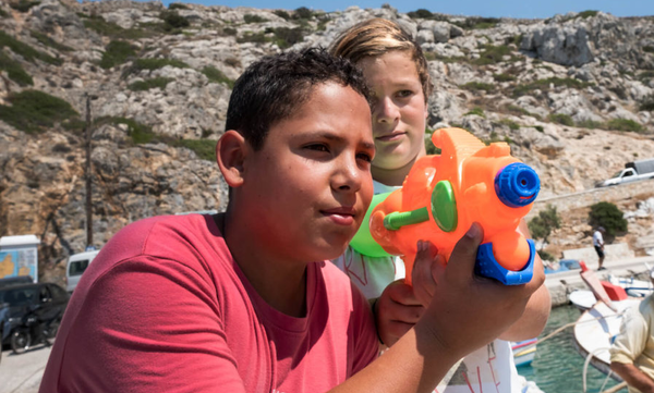 Μικροί Ήρωες: Ένα μάθημα ζωής για τα παιδιά σου