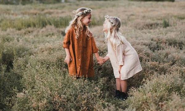 «Μαμά, αυτά τα κορίτσια με ενοχλούν»: Πώς θα βοηθήσετε την κόρη σας να αντιμετωπίσει την κατάσταση