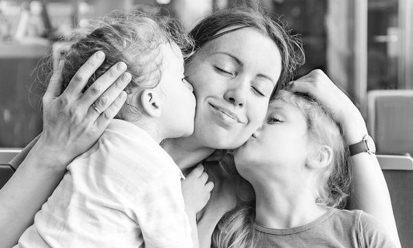 Γιατί είναι σημαντικό να διηγείστε στο παιδί παλιές ιστορίες της οικογένειας σας