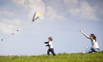Εφτά τρόποι να βοηθήσετε το παιδί σας να σκέφτεται θετικά