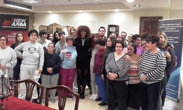 Η Shaya και οι σπουδαστές Εργοθεραπείας του ΙΕΚ ΑΛΦΑ στο Ίδρυμα Κόκκορη