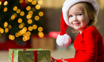 Έξι «δώρα» που πραγματικά χρειάζονται τα παιδιά αυτά τα Χριστούγεννα
