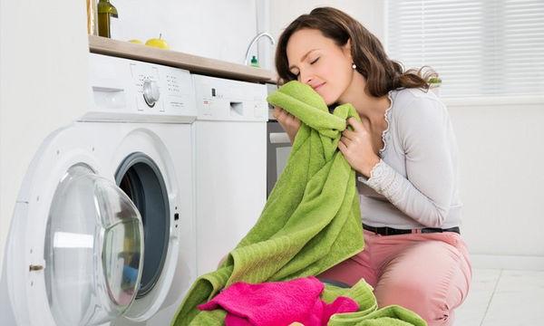 Μαγειρική σόδα: Οι 5 θαυματουργές χρήσεις της στη φροντίδα των ρούχων