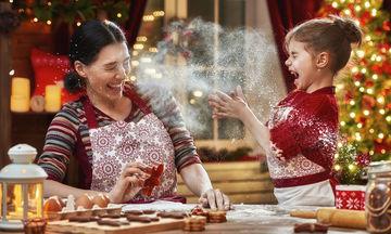 Χριστουγεννιάτικα γλυκά με τα παιδιά: Γιατί πρέπει να τα φτιάχνουμε μαζί με τα παιδιά;