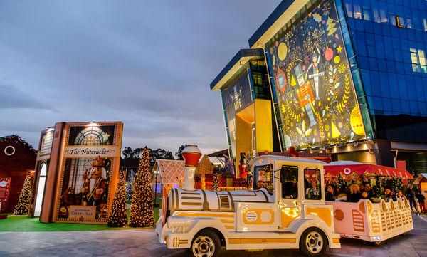 Golden Hall: Έρχονται Χριστούγεννα και μαζί τους ένα από τα ωραιότερα παραμύθια όλων των εποχών!