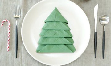 Είκοσι χριστουγεννιάτικες ιδέες για να διπλώσετε τις πετσέτες στο γιορτινό τραπέζι (pics)
