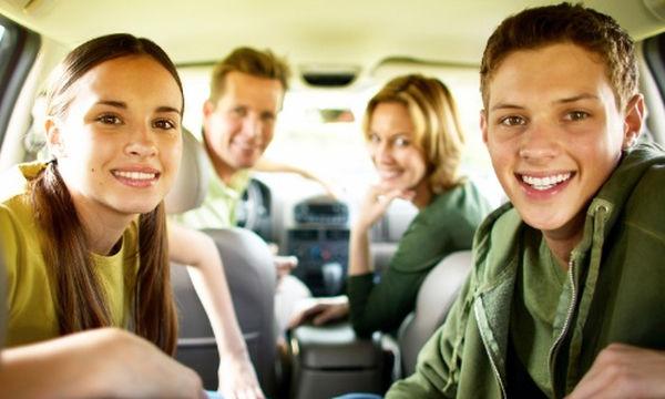 Έχετε παιδιά στην εφηβεία; Ιδού 5 πράγματα που μπορείτε να κάνετε μαζί τα Χριστούγεννα