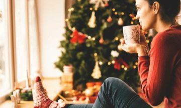 Πόσο επηρεάζει τους γονείς η μελαγχολία των γιορτών;