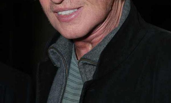 Διάσημος ηθοποιός μιλάει για τη «μάχη» του με τον καρκίνο και συγκινεί