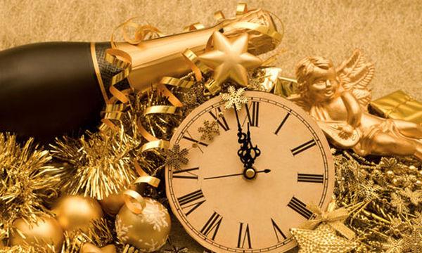 Πρωτοχρονιάτικη διακόσμηση: Ιδέες για να δώσετε άκρως γιορτινό τόνο στο ρεβεγιόν (pics)