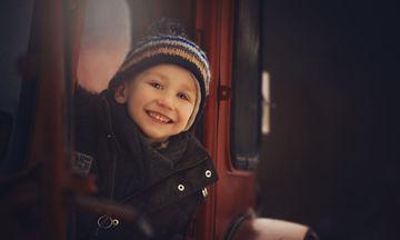 Φωτογράφιζε επί ένα χρόνο υιοθετημένα παιδιά και ο σκοπός της ήταν ξεχωριστός