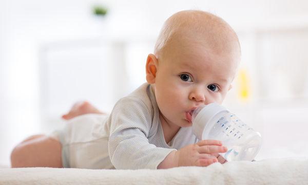 Μπιμπερό: Πώς θα επιλέξετε το κατάλληλο για το μωρό σας