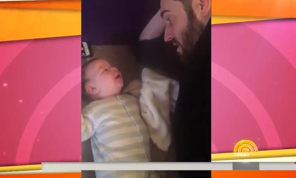 Μωρό 3 μηνών είπε «hello» στο μπαμπά του; Εσείς τι λέτε; (vid)