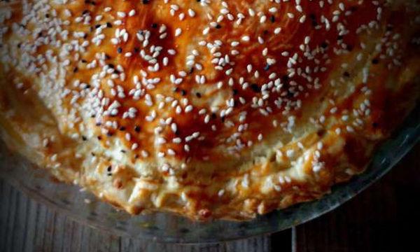 Τεμπέλικη τυρόπιτα κουρού: Καλύτερη δεν έχετε φτιάξει ποτέ ξανά