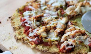 Πεντανόστιμη και υγιεινή πίτσα με βάση από κουνουπίδι