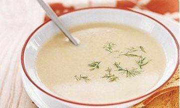 Σούπα βελουτέ με πατάτες και πράσο. Δεν υπάρχει η νοστιμιά της