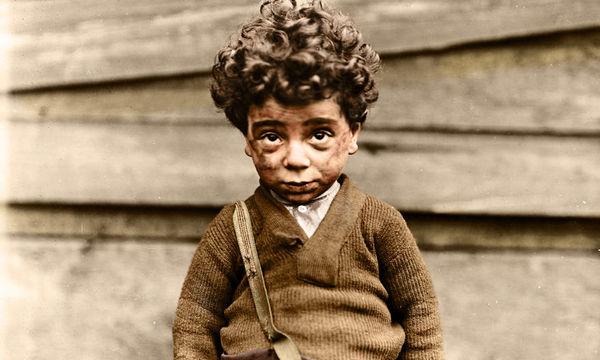 Η παιδική εργασία στην Αμερική τον περασμένο αιώνα «ξαναζωντανεύει» μέσα από υπέροχες φωτογραφίες