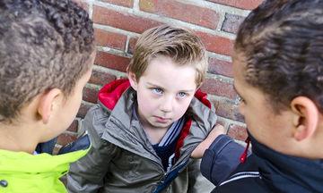 Σχολική βία: Όταν πας μια ημέρα να πάρεις το παιδί σου και το βρίσκεις με αίματα, τι κάνεις;