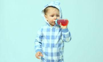 Η παιδίατρος συμβουλεύει: «Γιατί τα παιδιά πρέπει να αποφεύγουν την κατανάλωση χυμών»