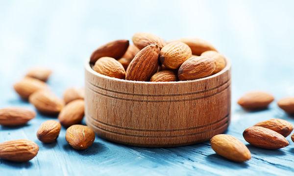 Πόσους ξηρούς καρπούς πρέπει να τρώτε για να μειώσετε τον κίνδυνο καρδιοπάθειας