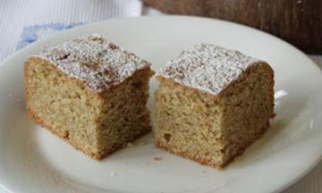 Εύκολο νηστίσιμο κέικ με ρούμι