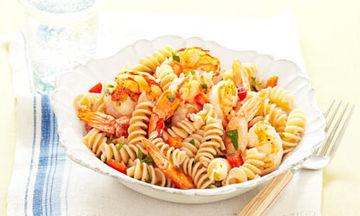 Νηστίσιμη συνταγή: Σαλάτα ζυμαρικών με γαρίδες