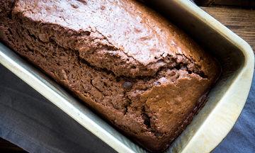 Το πιο νόστιμο, γρήγορο και νηστίσιμο κέικ σοκολάτας είναι αυτό!
