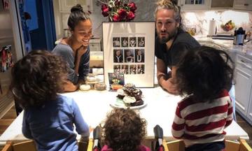 Όταν οι stars ανεβάζουν φωτογραφίες με τα παιδιά τους στο σπίτι τους