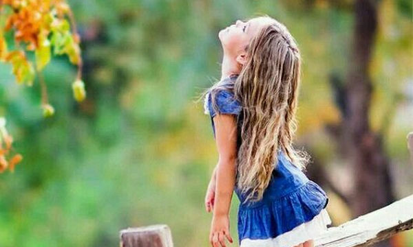 Τα τέσσερα καθημερινά πράγματα που διαμορφώνουν τη συμπεριφορά του παιδιού