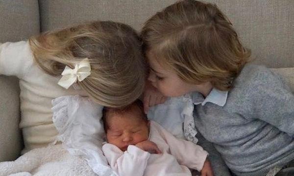 Η βασιλική οικογένεια απέκτησε κι άλλο μωράκι και αυτές είναι οι πρώτες φωτογραφίες του