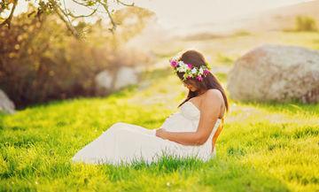 Πέντε λόγοι που η Άνοιξη είναι η καλύτερη εποχή για μία έγκυο γυναίκα