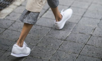 Αθλητικά παπούτσια: Είκοσι ξεχωριστοί τρόποι για να τα συνδυάσετε με όλα σας τα ρούχα