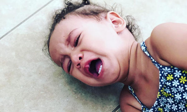 Όταν τα παιδιά πέφτουν και χτυπιούνται στα πατώματα - Απίστευτο φωτογραφικό άλμπουμ (pics)