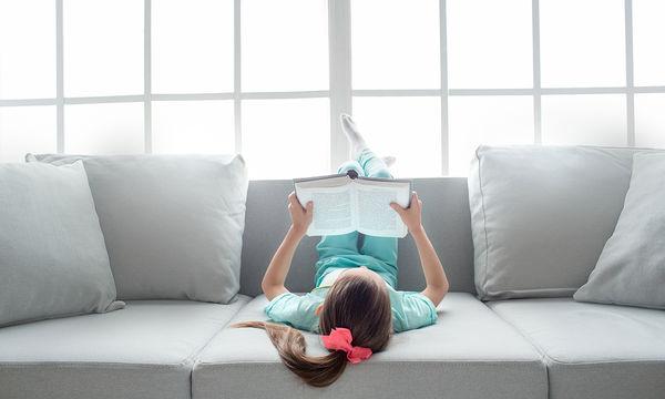 «Μόνος στο σπίτι»: Κάνει τα παιδιά να μένουν μόνα στο σπίτι;