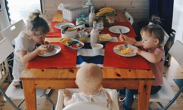 Πώς είναι να ζεις με 3 παιδιά; 20 φωτογραφίες μας το δείχνουν «από την καλή και από την ανάποδη»