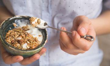 Διατροφή για γονιμότητα: 17 τροφές που πρέπει να καταναλώνετε (pics)