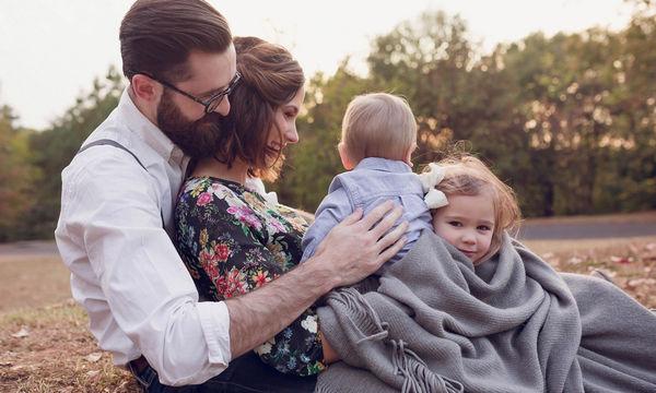 Πέντε πράγματα που θα σας διδάξουν οι πρώτοι 6 μήνες της μητρότητας για τις σχέσεις