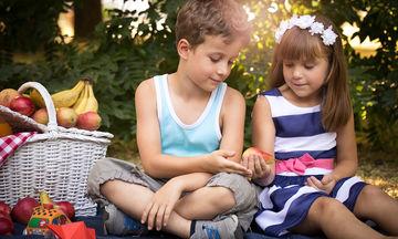 Όταν τα παιδιά «ερωτεύονται»: Μπορεί ένα παιδί να ερωτευτεί από τόσο μικρό;