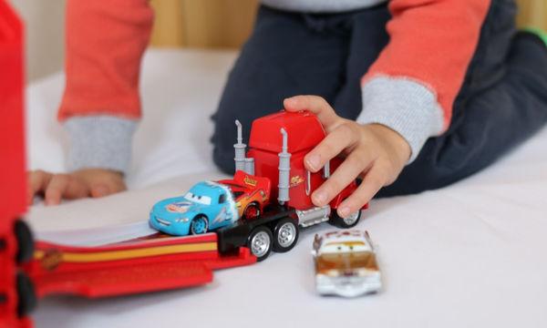 Cars 3 αυτοκινητάκια: Σετ των δύο σε επτά σχέδια που θα ενθουσιάσουν τα παιδιά