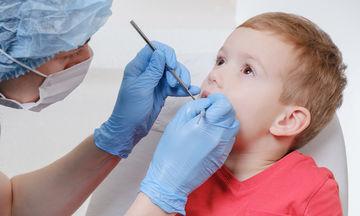 Τι κάνω αν το παιδί ραγίσει ή σπάσει το δόντι του