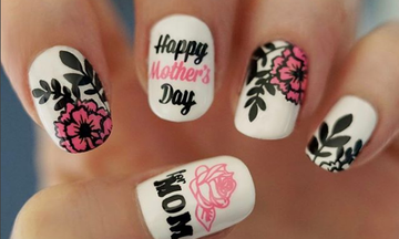 Γιορτή της Μητέρας: Απίθανα σχέδια για μανικιούρ για τις μαμάδες που γιορτάζουν
