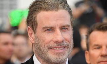 John Travolta: Σπάνια δημόσια εμφάνιση στο κόκκινο χαλί με τη σύζυγο και τα δύο παιδιά τους