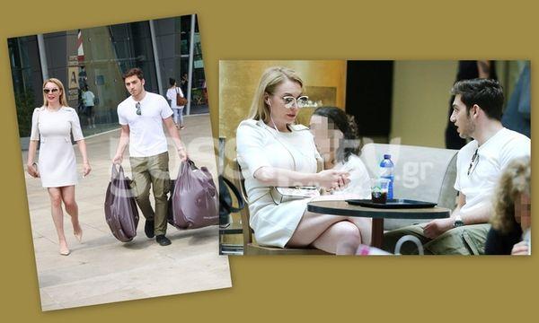 Τατιάνα Στεφανίδου: Καφεδάκι και ψώνια με τον γιο της Νικόλα