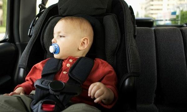 Μωρό στο αυτοκίνητο: Όλα όσα πρέπει να γνωρίζετε