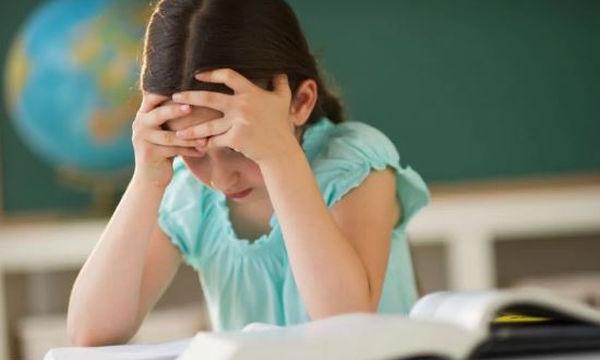 Πώς να βοηθήσετε το παιδί σας αν δίνει εξετάσεις πρώτη φορά