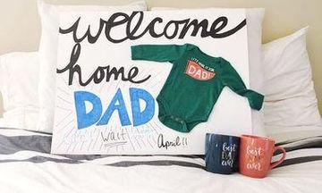 «Θα γίνεις μπαμπάς»! Έξυπνες ιδέες για να ανακοινώσετε στο σύντροφό σας ότι περιμένετε παιδί