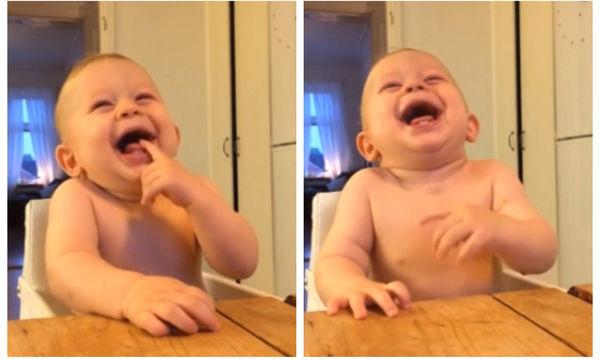 Τέλειο βίντεο! Μωρό ξεκαρδίζεται στο άνοιγμα μίας καρύδας