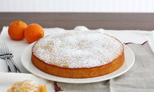 Σιροπιαστό κέικ με γιαούρτι και πορτοκάλι